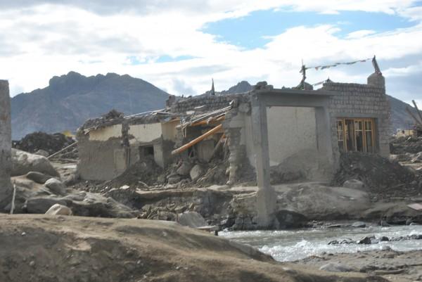 Erdrutschkatastrophe nach einem Platzregen